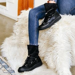 🍁 Black Fur Lined Boots